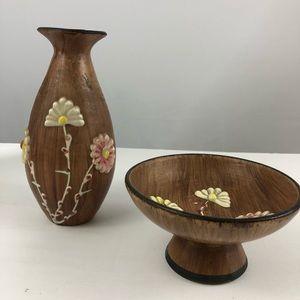 Ceramic vase and pedestal dish